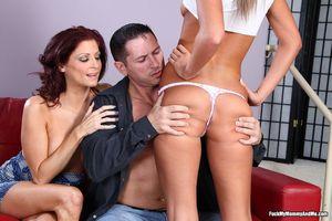 Hot images lesbian souck playboy nudebeautiful girls