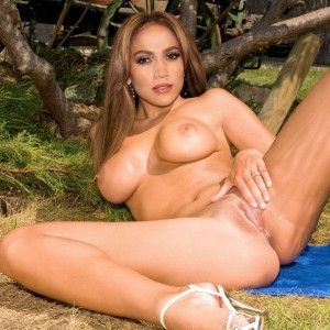 Yespornplease hot latinas best blowjobs and cumshots