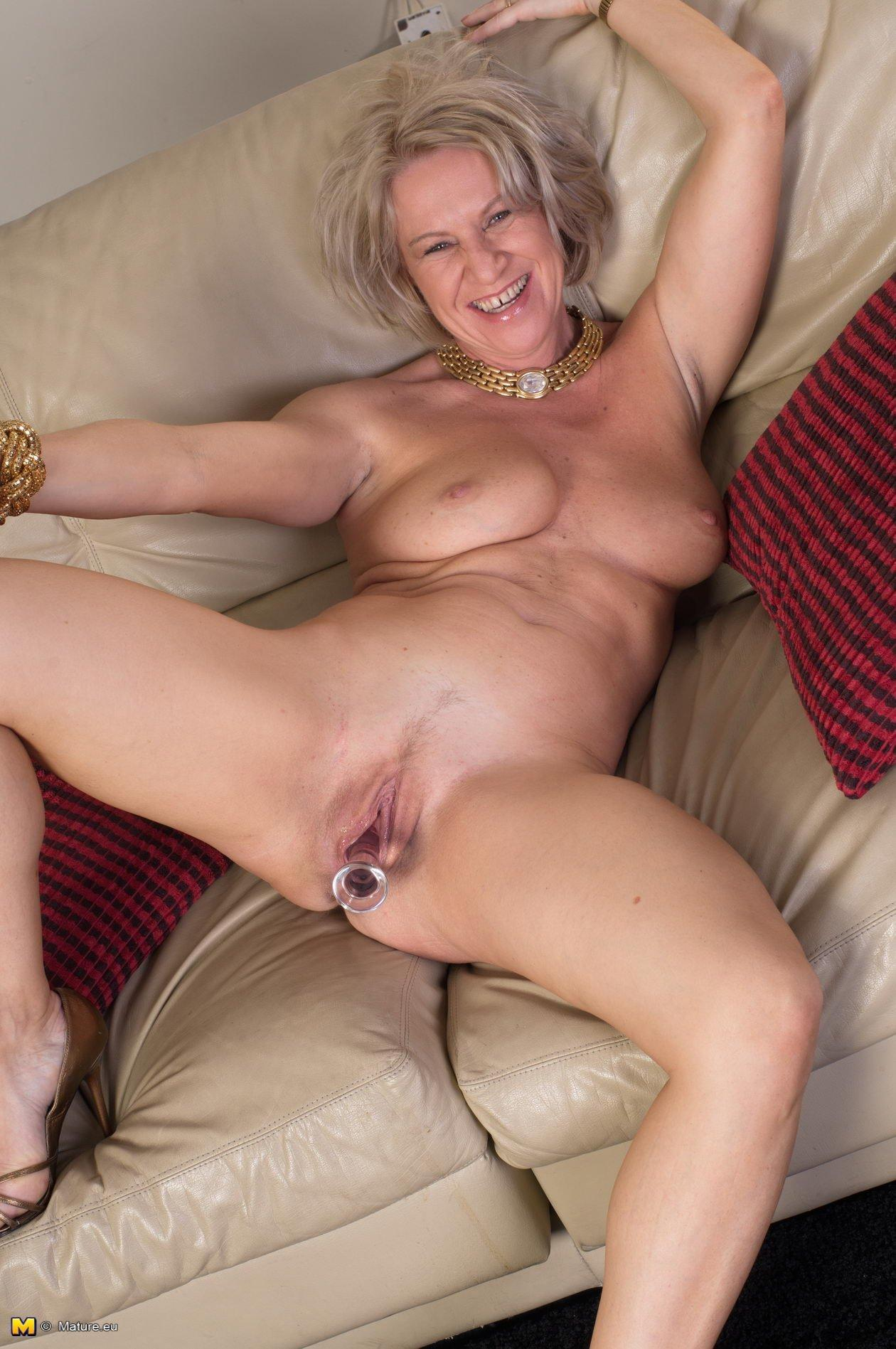 Gallery mature nude pic pussy tgp thumbnail
