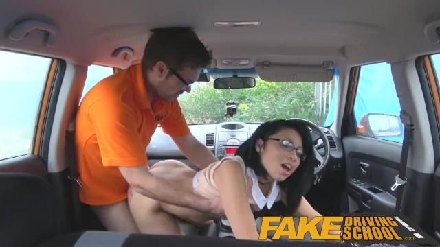 Free porn woman drivein while haven sex