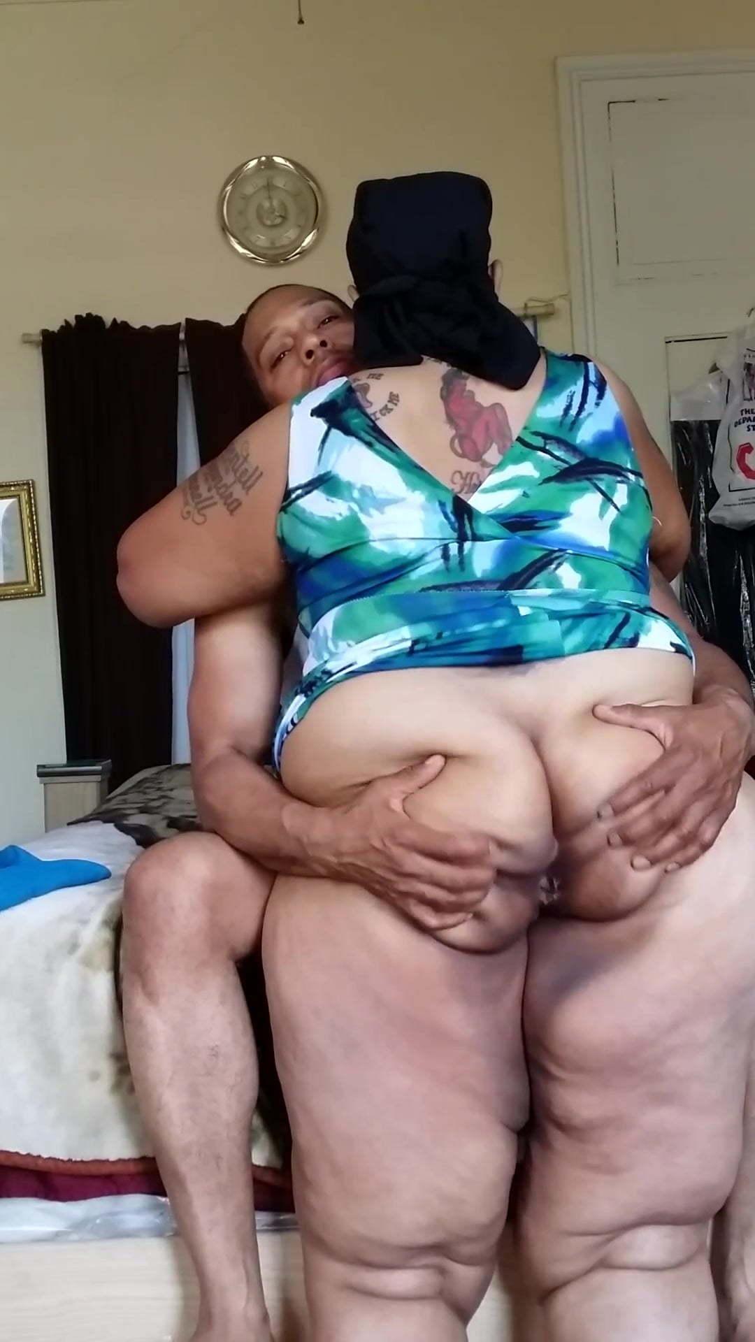 Bi old mature sex up ass bare