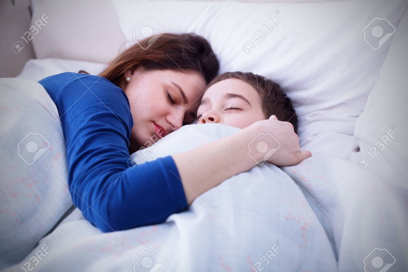 Mom and son tries to sleep together
