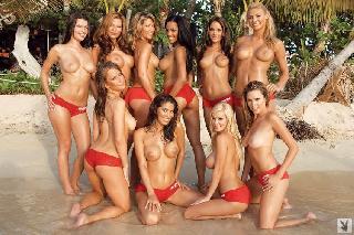 Free pics of hot naked hooter girls