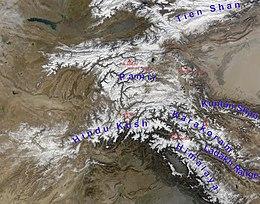 Central asian mountain range afghanistan kirgistan tijikistan