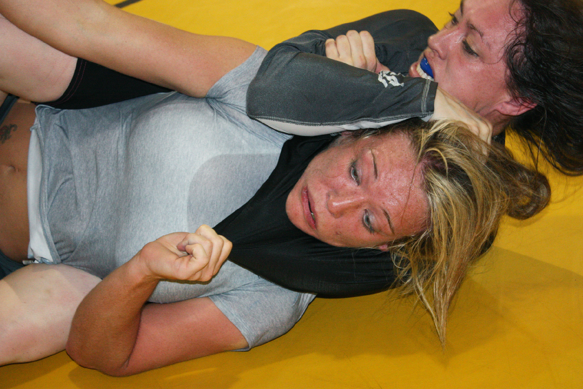 Pictures of women doing rear naked chokes