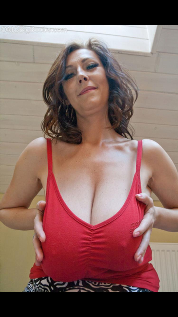 Hot sexy mature hot good looking women