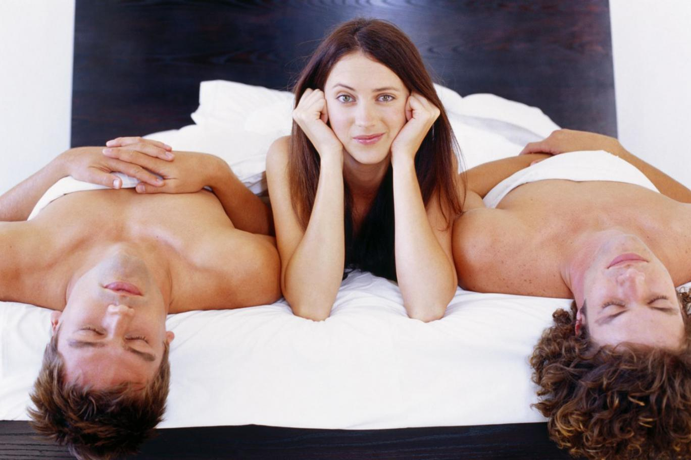 In a threesome do girls hook up