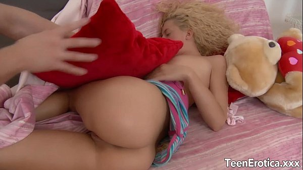 Girl takes massive cock in her ass