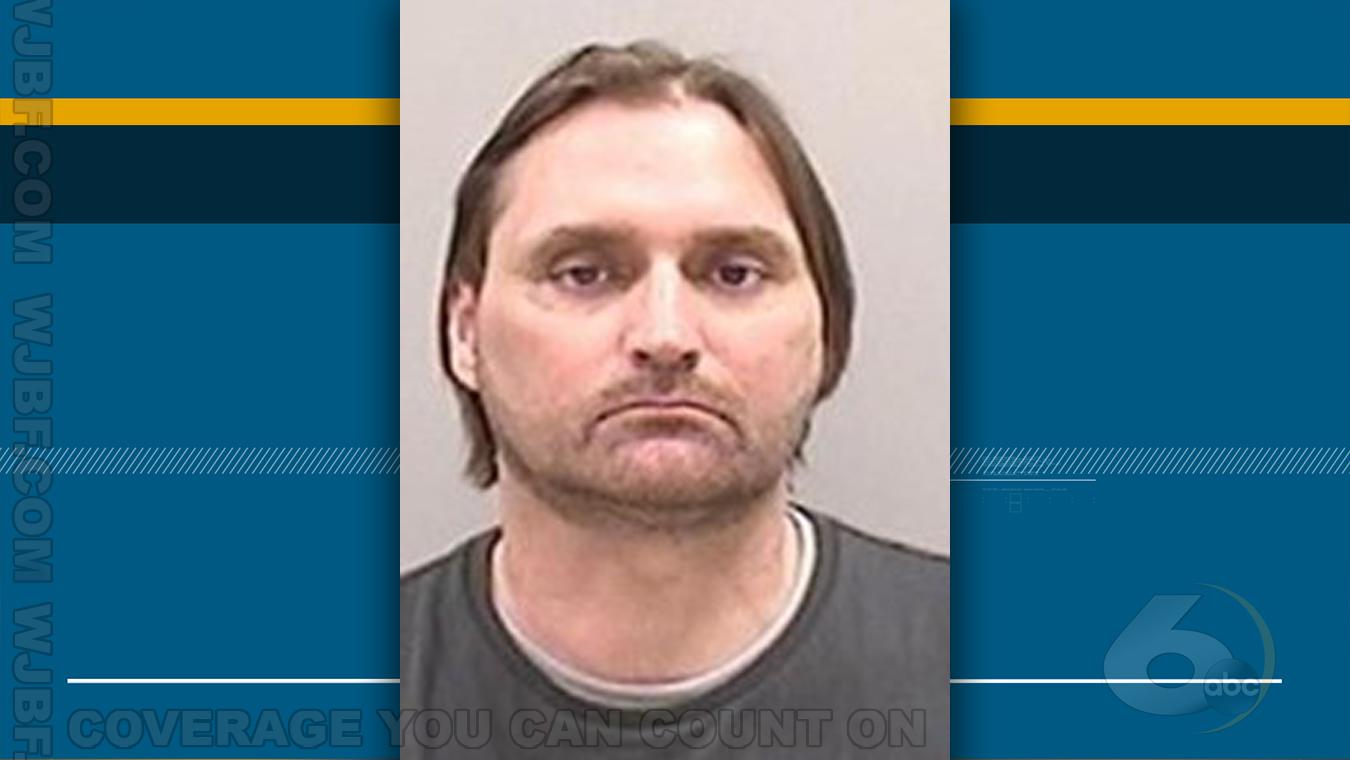 Homeland security official arrested in internet sex