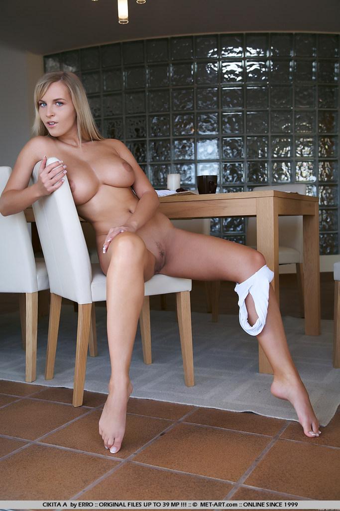 Naked big beautiful white women xxx pics