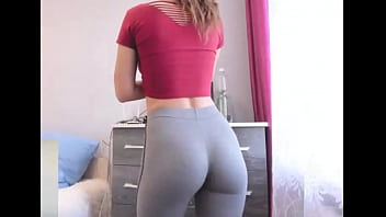 Black girl in yoga pants gets fucked
