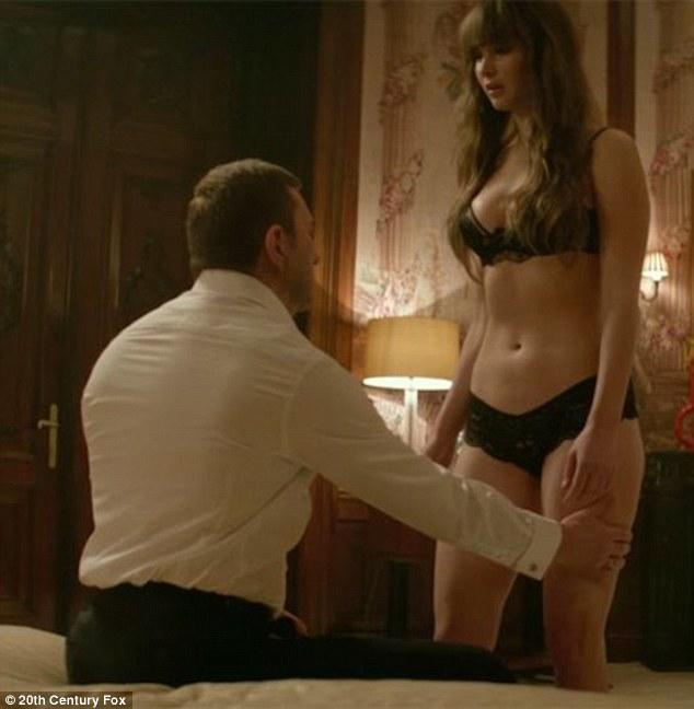 Jennifer tilly ever done a nude scene