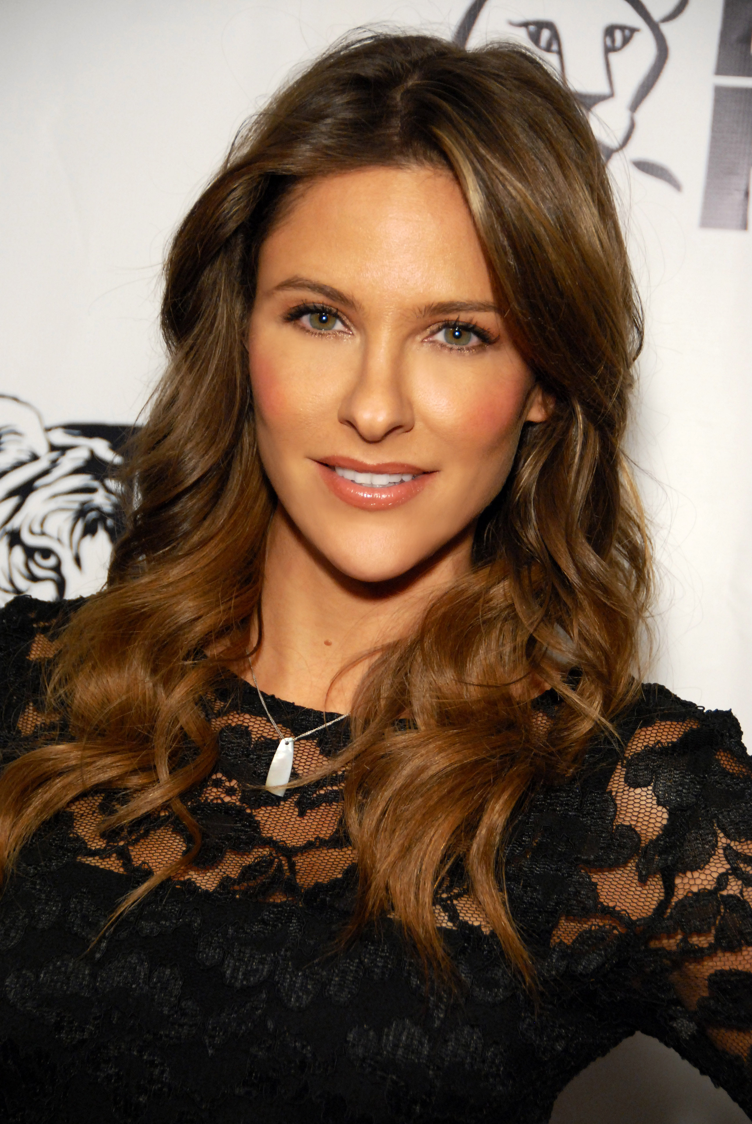 Is jill wagner related to lindsay wagner