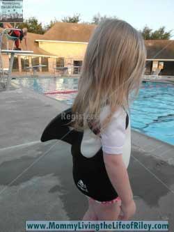 Swimways sea squirts killa whale life jacket
