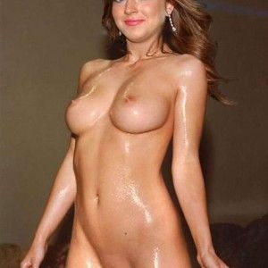 Caked on make up tranny blowjob porn