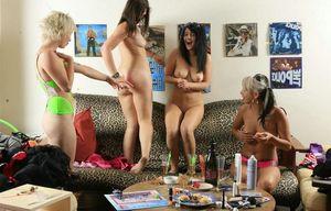 Pics of girls naked at spring break