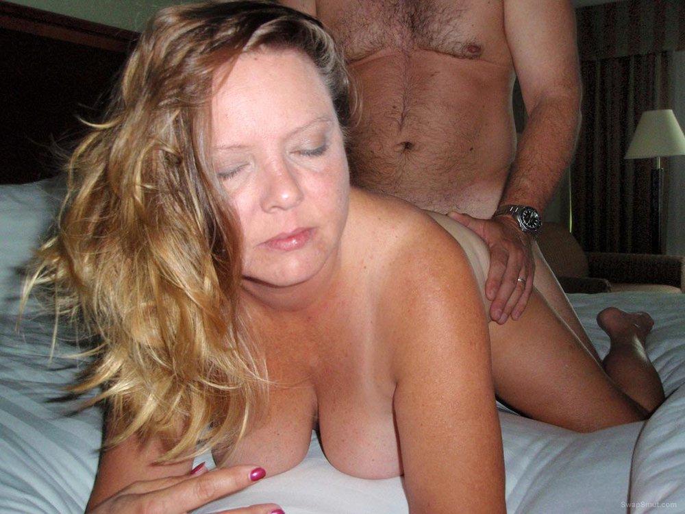 Mature women pics ing swinging couples websites