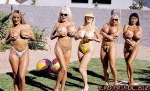 Beach naked girls porn full hd pic