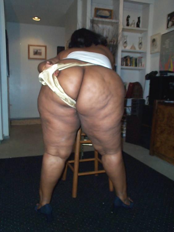 Big big black black mature plumpers tit