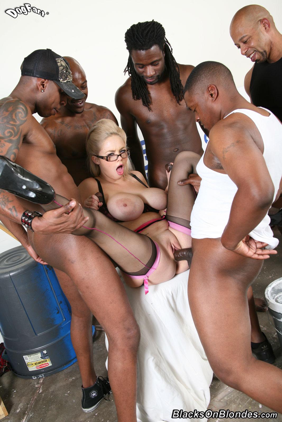 Group sex wiht interracial blacks n blondes