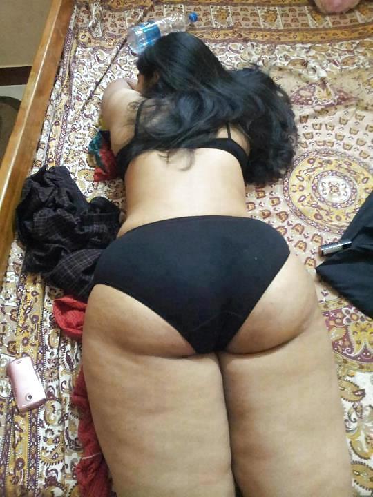 Large pics of pakistani girls sex having